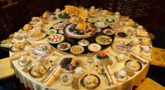 A Lesson in Etiquette – Dining Chinese Style