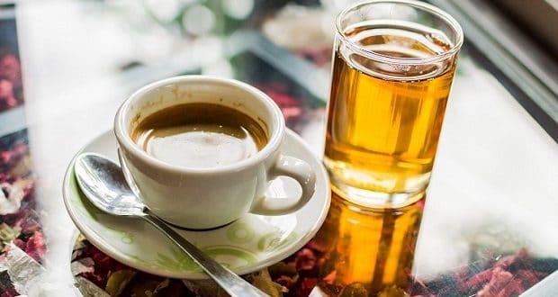 Yuan-yang-is-what-you-will-get-when-you-combine-coffee-tea