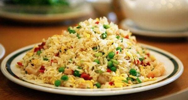 Yangzhou-Fried-Rice-recipe-plated