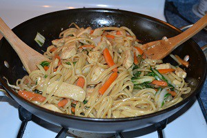 Stir-fry-chicken-lo-mein