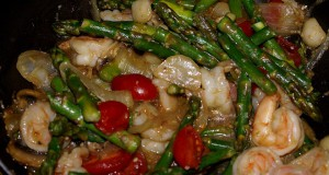 Sesame-Asparagus-Shrimp-preparation