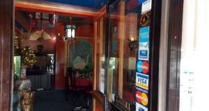 chinese-restaurant-front-door