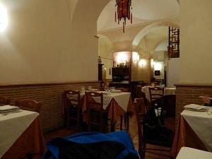 Mr-Chow-Chinese-Restaurant-Interior