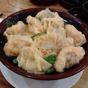 dumplings-trio-noodle-soup