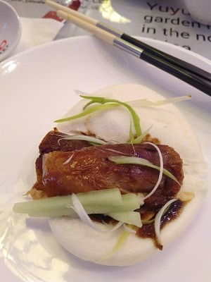 peking-duck-in-bun