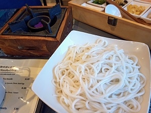 Prepping-Rice-Noodles